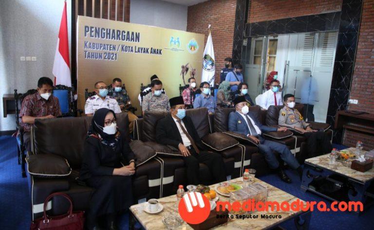 Peringkat Pratama, Sampang Raih Anugerah Kabupaten Layak Anak 2021